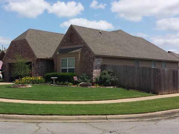3 bed 2 bath Single Family at 1016 E 131st Pl Glenpool, OK, 74033 is for sale at 165k - 1 of 19