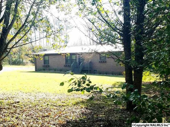 3 bed 1 bath Single Family at 130 Fortenberry Rd Guntersville, AL, 35976 is for sale at 110k - 1 of 30