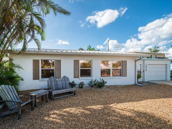 2 bed 2 bath Single Family at 1070 Gulf Blvd Englewood, FL, 34223 is for sale at 399k - 1 of 25