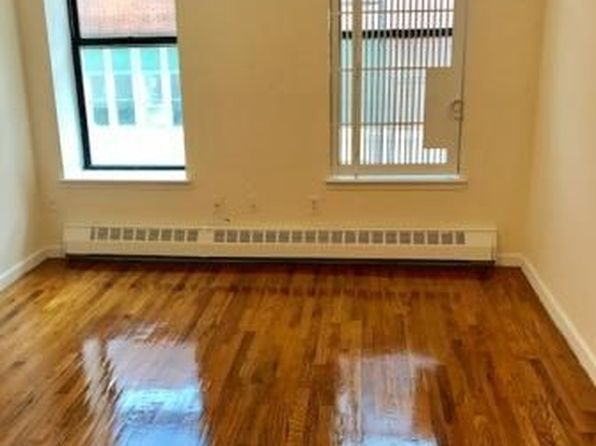 1 bed 1 bath Cooperative at 450 W 55th St New York, NY, 10019 is for sale at 380k - 1 of 5