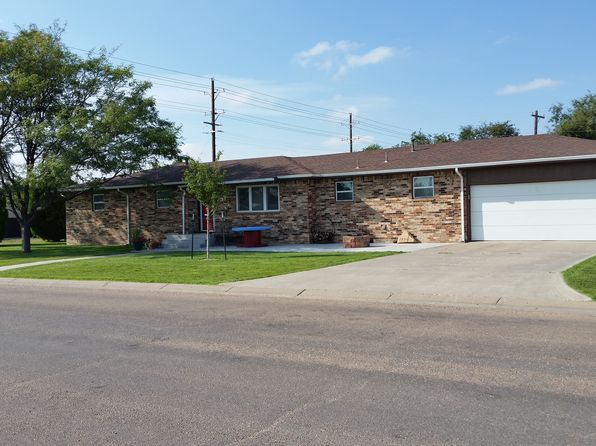 3 bed 2 bath Single Family at 500 E 3rd St Hugoton, KS, 67951 is for sale at 165k - 1 of 15