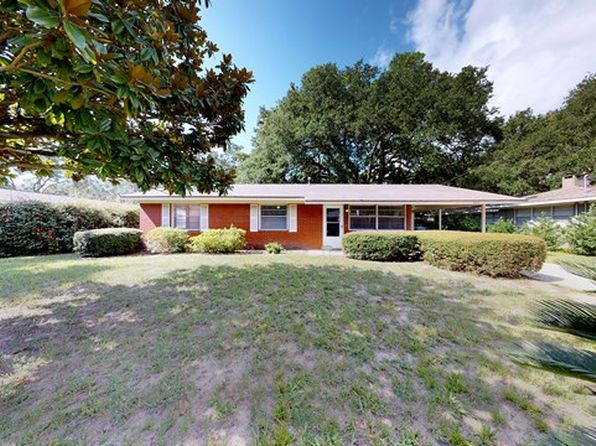 3 bed 2 bath Single Family at 624 Dellwood Ave St Simons Island, GA, 31522 is for sale at 360k - 1 of 14