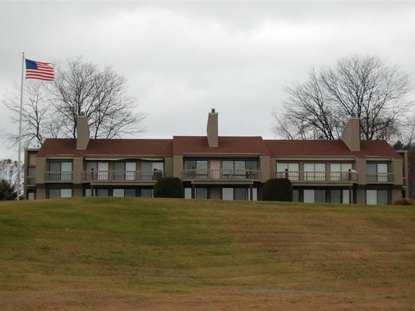2 bed 2 bath Condo at 1008 Marina Bluff Dr Charlevoix, MI, 49720 is for sale at 280k - 1 of 18