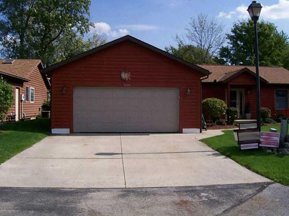 2 bed 1 bath Single Family at 5280 Stillwater Ln Celina, OH, 45822 is for sale at 140k - 1 of 25