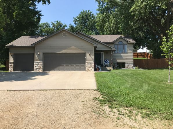 4 bed 2 bath Single Family at 110 Water St Kenyon, MN, 55946 is for sale at 250k - 1 of 30