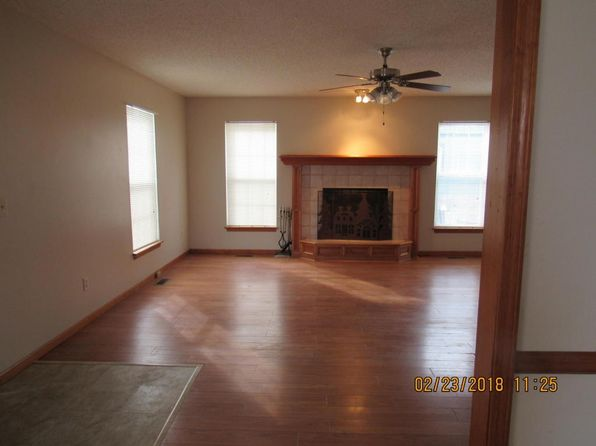 3 bed 2 bath Single Family at 918 N 6th St Saint Joseph, MO, 64501 is for sale at 125k - 1 of 28