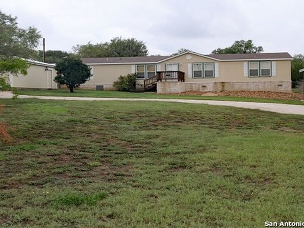 3 bed 2 bath Mobile / Manufactured at 1502 County Road 4511 Hondo, TX, 78861 is for sale at 149k - 1 of 12