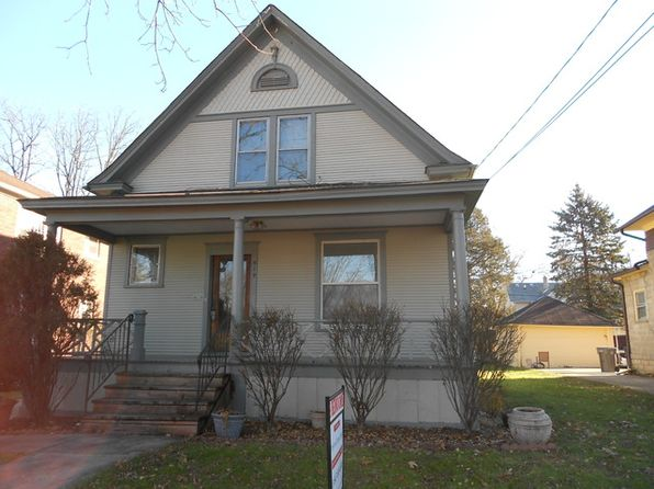 3 bed 2 bath Single Family at 919 Cedar Ave Elgin, IL, 60120 is for sale at 172k - 1 of 11