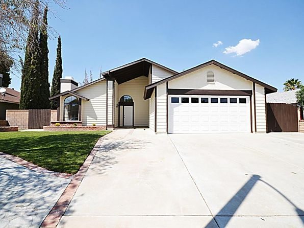 3 bed 2 bath Single Family at 2205 Moonlight Ct Palmdale, CA, 93550 is for sale at 265k - 1 of 21