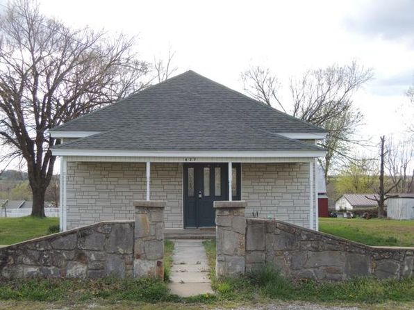 2 bed 1 bath Single Family at 427 Lombar St Iberia, MO, 65486 is for sale at 50k - 1 of 6