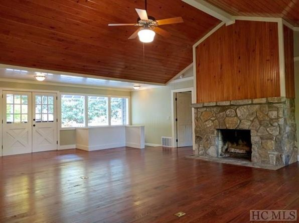 3 bed 3 bath Single Family at 707 Holt Rd Highlands, NC, 28741 is for sale at 400k - 1 of 21