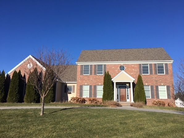 5 bed 5 bath Single Family at 4804 Country Club Ln Kearney, NE, 68845 is for sale at 440k - 1 of 16