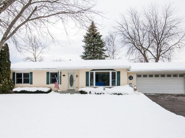 3 bed 2 bath Single Family at 8305 12th Pl Kenosha, WI, 53144 is for sale at 200k - 1 of 24