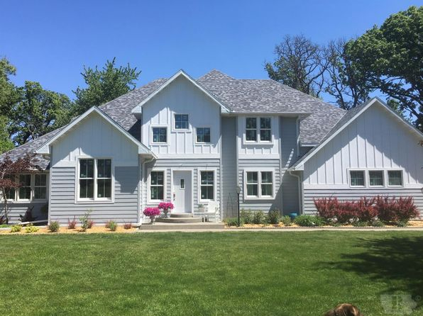 4 bed 3 bath Single Family at 54 Four Winds Dr Clear Lake, IA, 50428 is for sale at 429k - 1 of 26