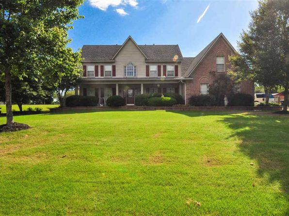 4 bed 3 bath Single Family at 5754 Marlin Pl Olive Branch, MS, 38654 is for sale at 270k - 1 of 25