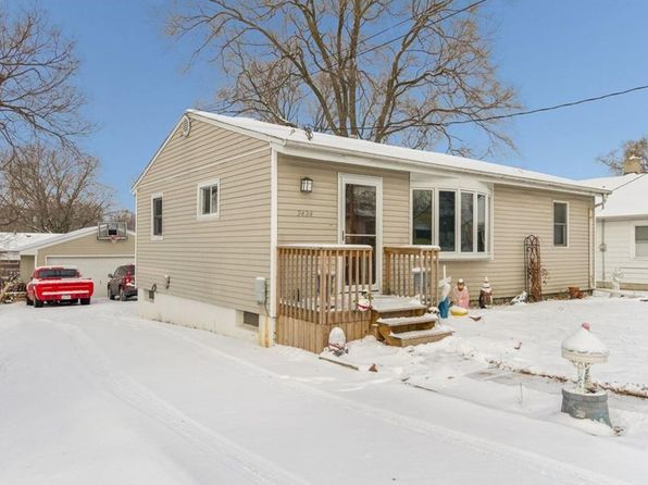 3 bed 1 bath Single Family at 2424 E 38th St Des Moines, IA, 50317 is for sale at 135k - 1 of 15
