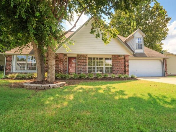 4 bed 3 bath Single Family at 2934 W Berwick Claremore, OK, 74017 is for sale at 200k - 1 of 28