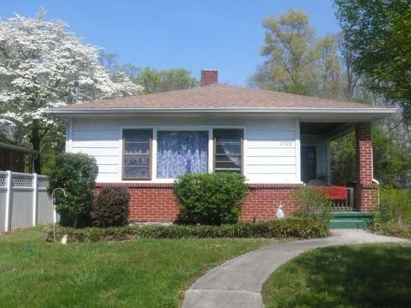 2 bed 1 bath Single Family at 2629 Tillett Rd SW Roanoke, VA, 24015 is for sale at 105k - 1 of 19