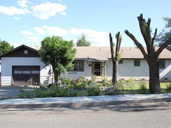 3 bed 2 bath Single Family at 623 Evergreen Ln Yreka, CA, 96097 is for sale at 185k - 1 of 16