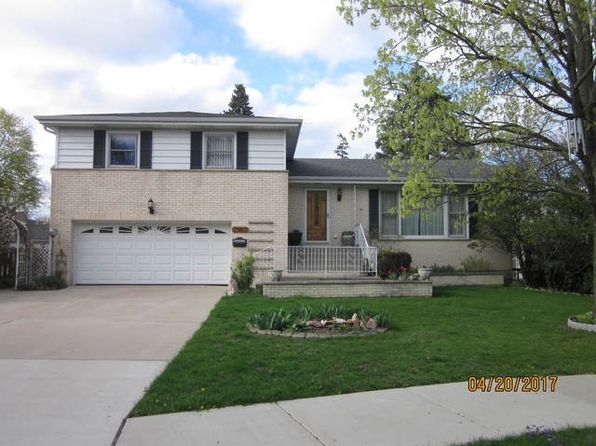 3 bed 3 bath Single Family at 2362 Dewes St Glenview, IL, 60025 is for sale at 465k - 1 of 27