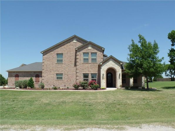 3 bed 3 bath Single Family at 85 County Road 3632 Gainesville, TX, 76240 is for sale at 475k - 1 of 36