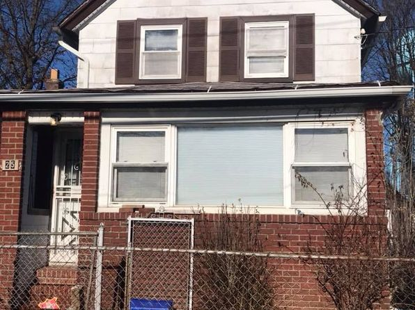 2 bed 2 bath Single Family at 25 Sycamore Ave Hempstead, NY, 11550 is for sale at 299k - google static map