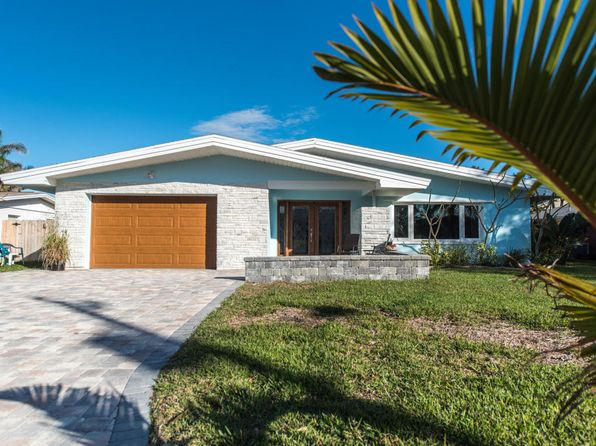 4 bed 2 bath Single Family at 32 Riverview Ln Cocoa Beach, FL, 32931 is for sale at 439k - 1 of 24