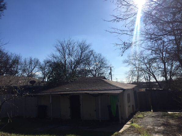 3 bed 1 bath Single Family at 2032 BROOKS ST FORT WORTH, TX, 76105 is for sale at 21k - google static map