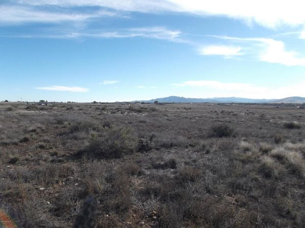 null bed null bath Vacant Land at 8455 E PRONGHORN LN Prescott Valley, AZ, 86315 is for sale at 125k - 1 of 4