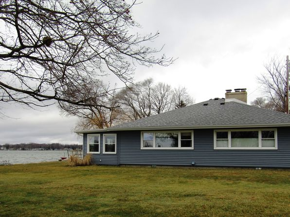 3 bed 2 bath Single Family at 2700 Round Lake Hwy Manitou Beach, MI, 49253 is for sale at 495k - google static map