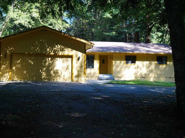 3 bed 2 bath Single Family at 900 Ferndale Ln Crescent City, CA, 95531 is for sale at 279k - 1 of 33