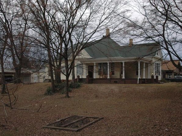 4 bed 3 bath Single Family at 318 S 13TH ST VAN BUREN, AR, 72956 is for sale at 139k - 1 of 28
