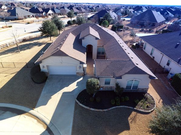 3 bed 3 bath Single Family at 12001 CLARIDGE CT DENTON, TX, 76207 is for sale at 450k - 1 of 64