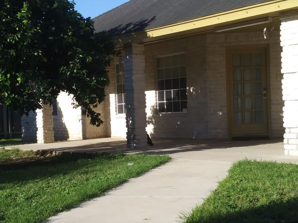 3 bed 2 bath Townhouse at 2702 Alameda Cir Mission, TX, 78574 is for sale at 185k - 1 of 32