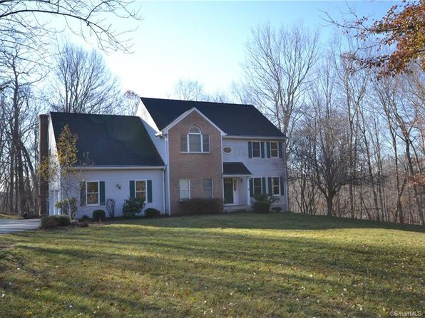 4 bed 3 bath Single Family at 27 Emerald Glen Rd Salem, CT, 06420 is for sale at 327k - 1 of 37