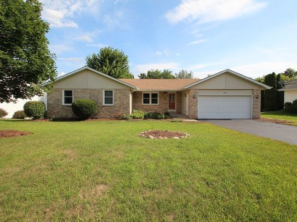 3 bed 2 bath Single Family at 685 Darwin Dr Machesney Park, IL, 61115 is for sale at 148k - 1 of 19