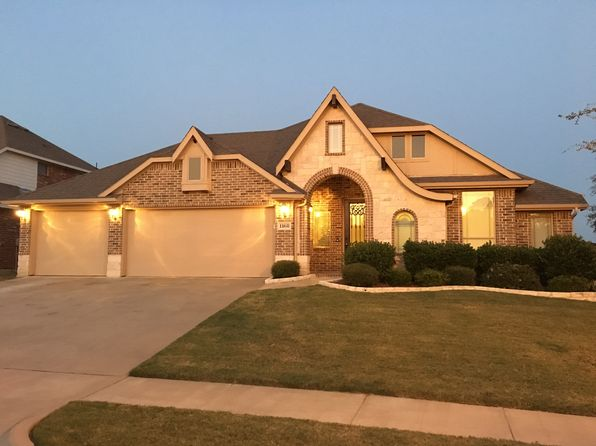 4 bed 2 bath Single Family at 1168 Litchfield Ln Burleson, TX, 76028 is for sale at 300k - 1 of 19