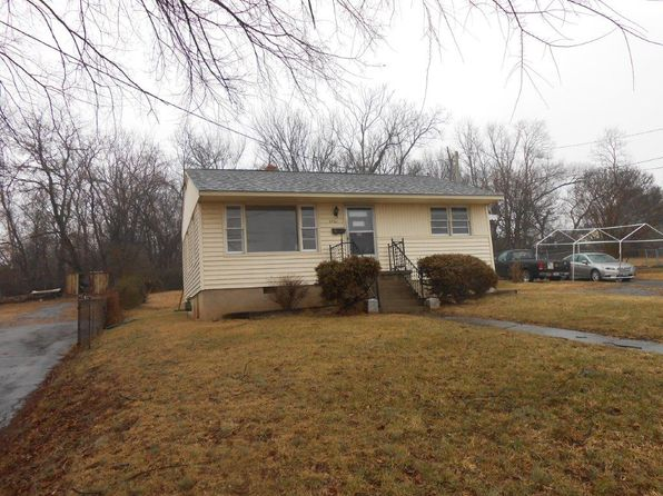2 bed 1 bath Single Family at 3021 Salem Tpke NW Roanoke, VA, 24017 is for sale at 45k - 1 of 23