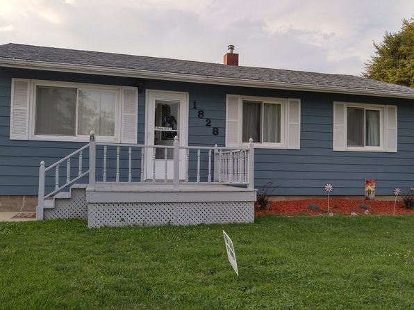 3 bed 1 bath Single Family at 1828 W 69th St Davenport, IA, 52806 is for sale at 120k - 1 of 34