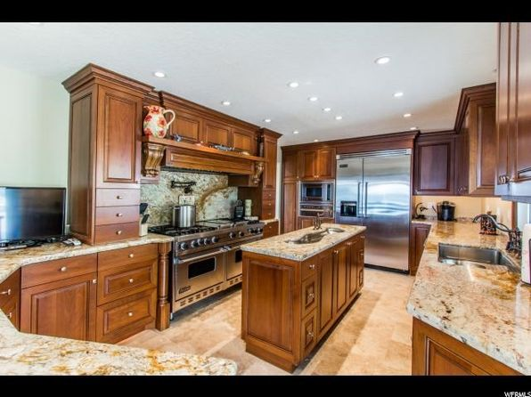 4 bed 3 bath Single Family at 2716 E Comanche Dr Salt Lake City, UT, 84108 is for sale at 960k - 1 of 25