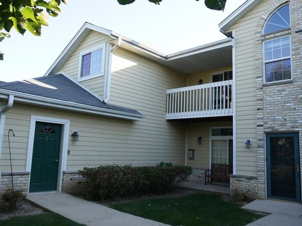 2 bed 2 bath Condo at 1495 Garay Ln Port Washington, WI, 53074 is for sale at 130k - 1 of 24