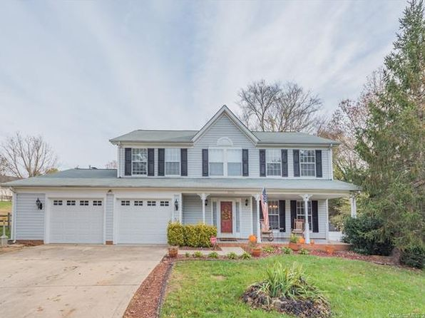 4 bed 2.5 bath Single Family at 8900 Steinbeck Ct Charlotte, NC, 28216 is for sale at 260k - 1 of 23