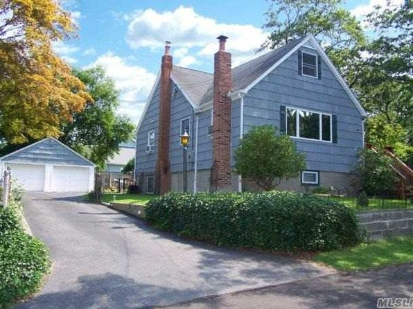 2 bed 2 bath Single Family at 41 Pearl Rd Rocky Point, NY, 11778 is for sale at 249k - 1 of 16