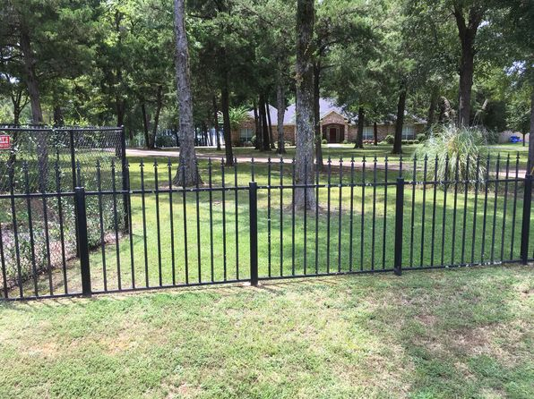 4 bed 3 bath Single Family at 6489 N Lakeshore Dr Shreveport, LA, 71107 is for sale at 650k - 1 of 23