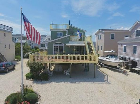 4 bed 2 bath Single Family at 292 14th St Surf City, NJ, 08008 is for sale at 749k - 1 of 36