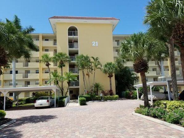 2 bed 2 bath Condo at 21 High Point Cir E Naples, FL, 34103 is for sale at 208k - 1 of 17