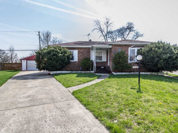 2 bed 1.5 bath Single Family at 11030 S Sangamon St Chicago, IL, 60643 is for sale at 90k - 1 of 28
