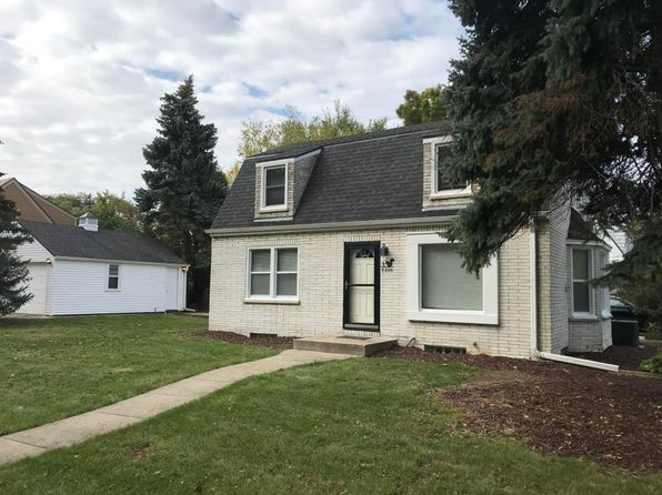 4 bed 2 bath Single Family at 9805 W Wisconsin Ave Wauwatosa, WI, 53226 is for sale at 195k - 1 of 14