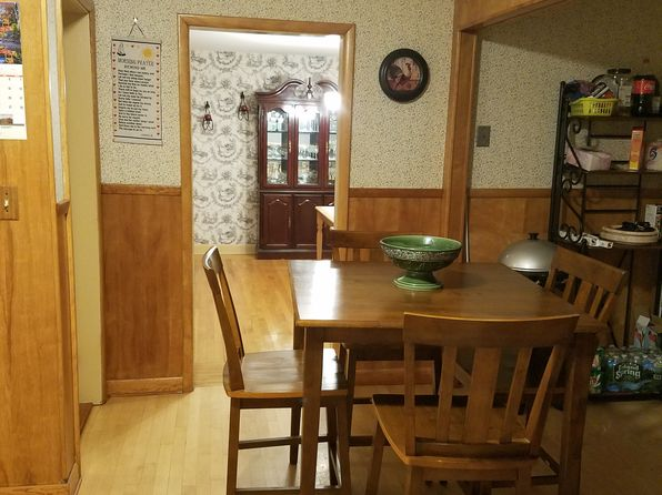3 bed 2 bath Single Family at 17 Miles St Millbury, MA, 01527 is for sale at 290k - 1 of 26
