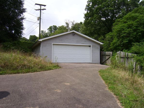 3 bed 1 bath Single Family at 2165 Gingerbread Rd Christiansburg, VA, 24073 is for sale at 39k - 1 of 104